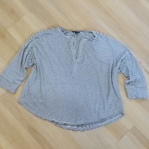 Lucky Brand 3/4 Sleeve Top Size Large